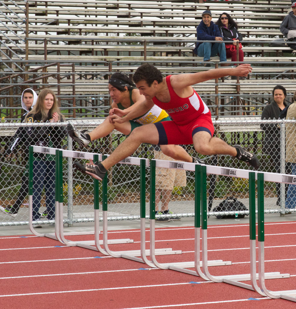 Casa Grande's Aaron Lu (17.0/43.3) edged out Rancho Cotate's Joel Moret (17.0/45.3 ) in both hurdle races.