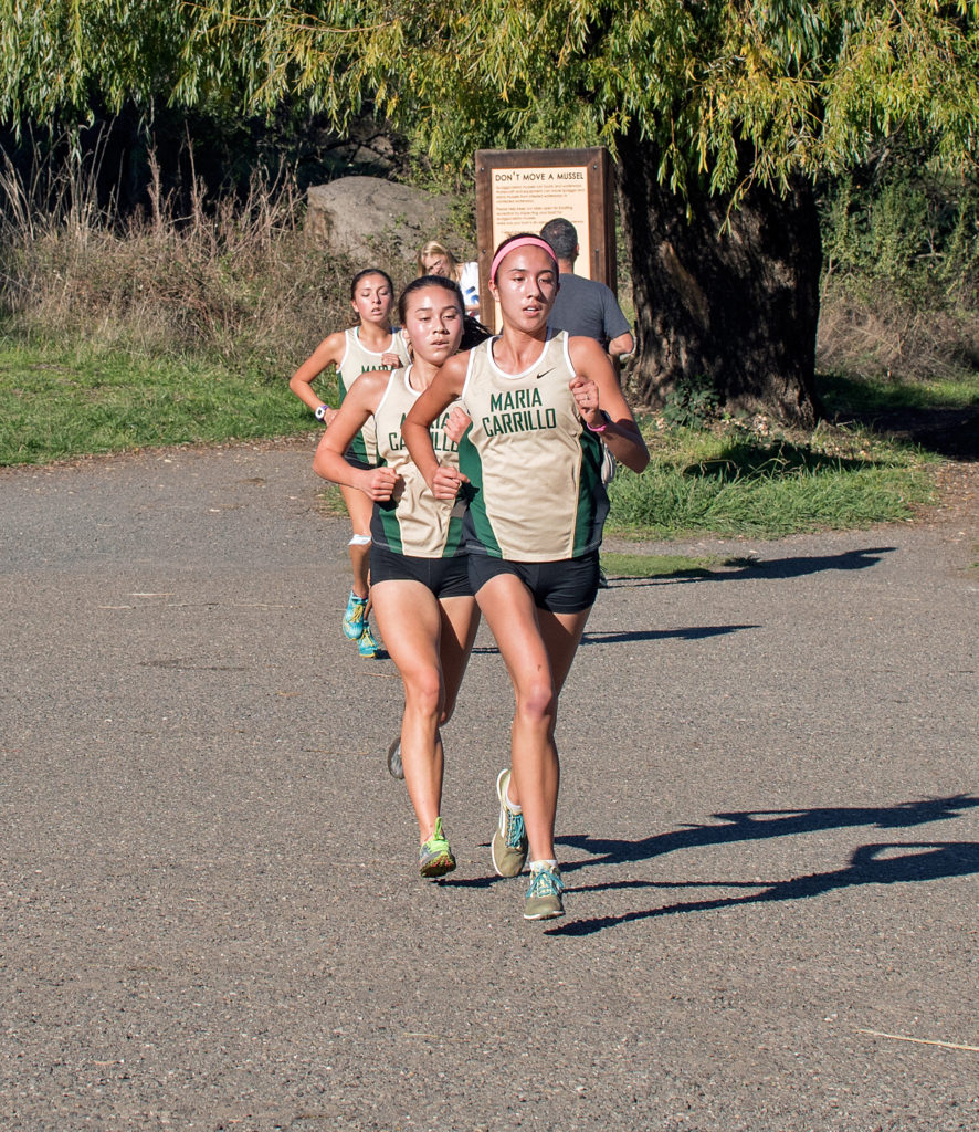 Leaders at 1.2 miles - Armstrong, Leano, and Rivas